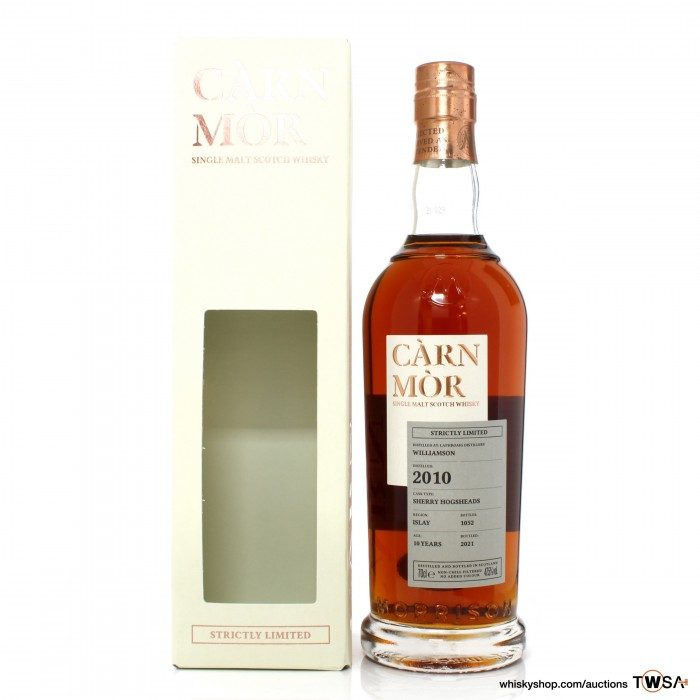 Laphroaig 2010 10 Year Old Carn Mor Strictly Limited